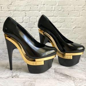 NEW Versace Decollete Leather Stiletto Heels
